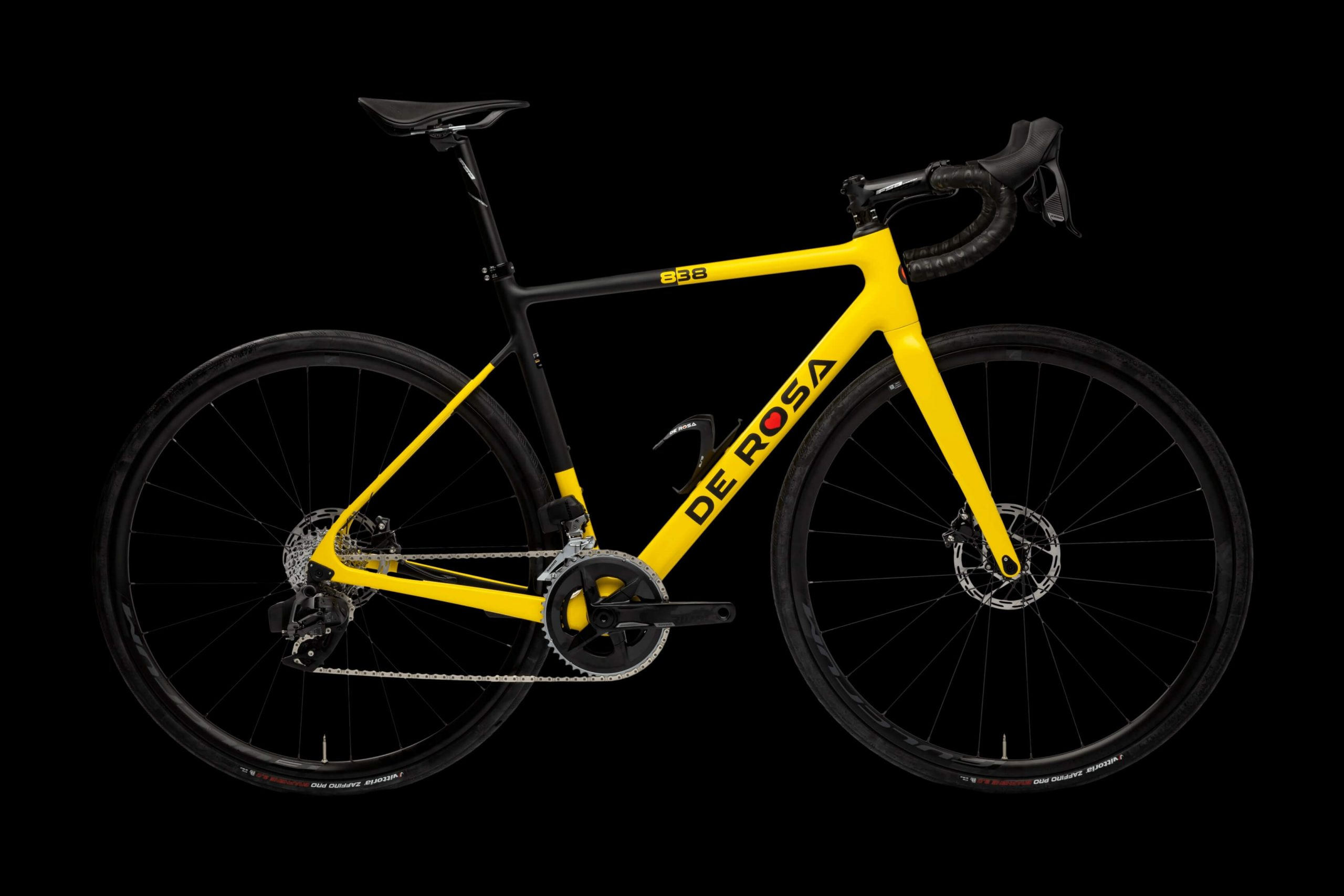 838 Black/Yellow